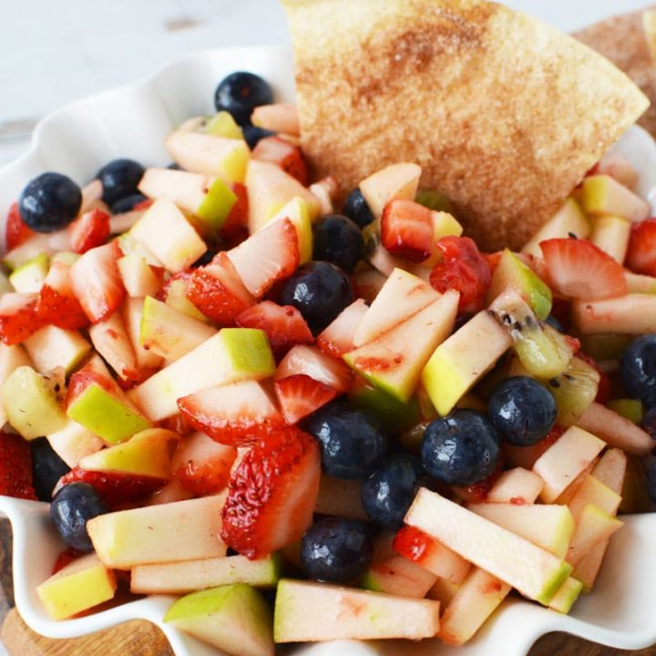 Apple Fruit Salsa With Homemade Cinnamon Sugar Chips