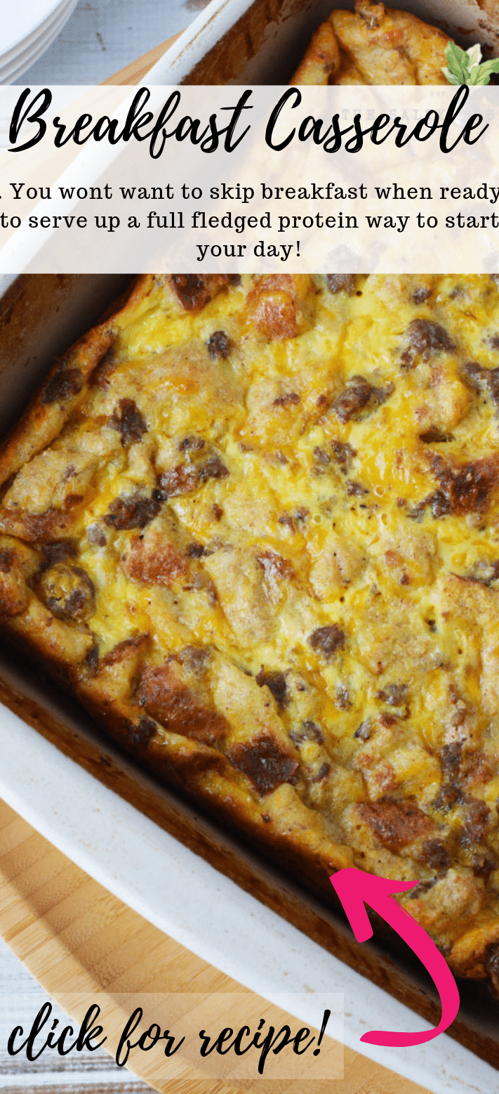 Sausage Breakfast Casserole, a delicious protein filled breakfast of Sausage and Egg #breakfast #eggs