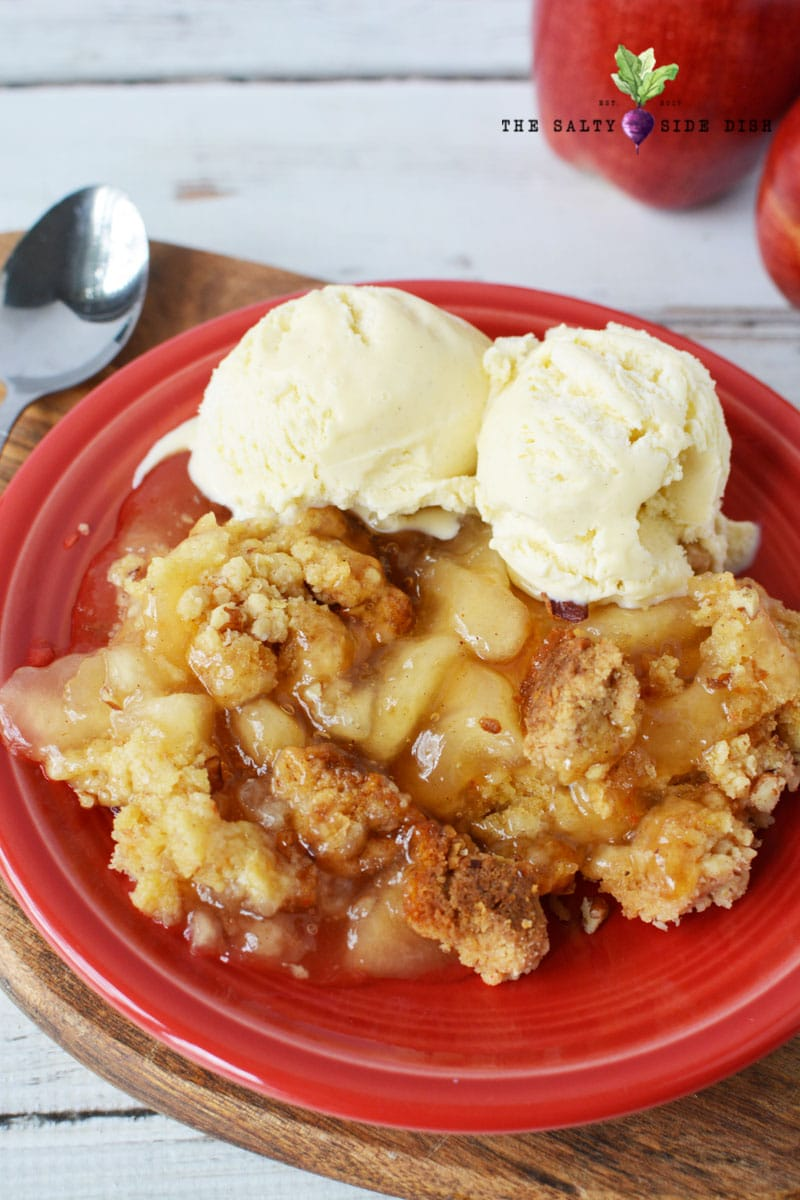 apple pie dump cake with ice cream and drizzle is a delicious and easy crockpot dump cake ready for your holiday season