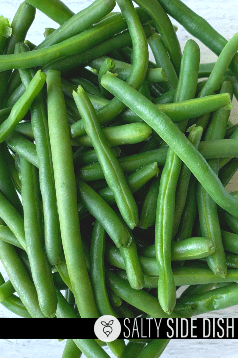 fresh green beans in a bowl