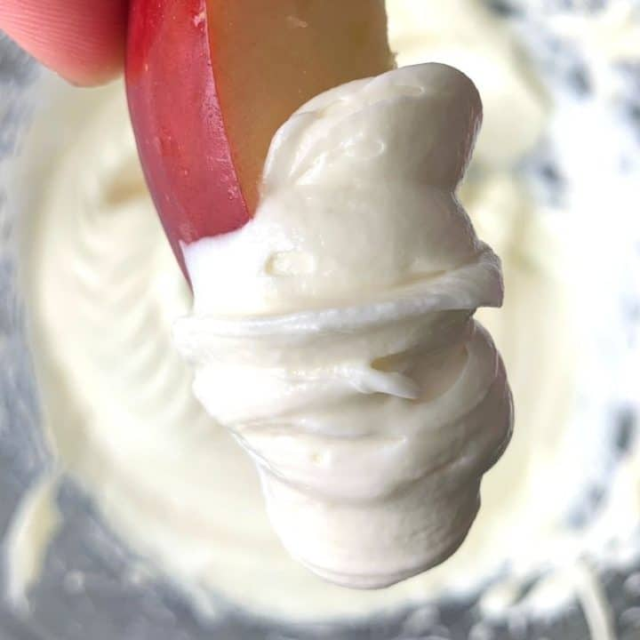 Marshmallow Fruit Dip - 2 Ingredients!