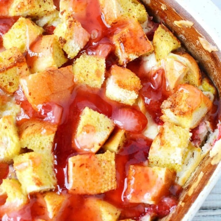 Strawberry French Toast Bake Recipe with Strawberry Sauce