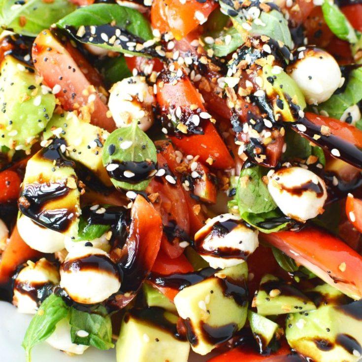 Caprese Everything Bagel Avocado Salad Recipe