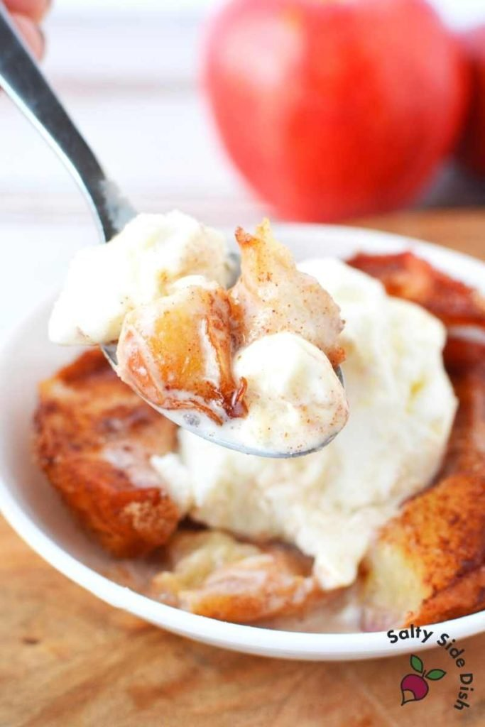 Air Fryer Cinnamon Apples with vanilla ice cream