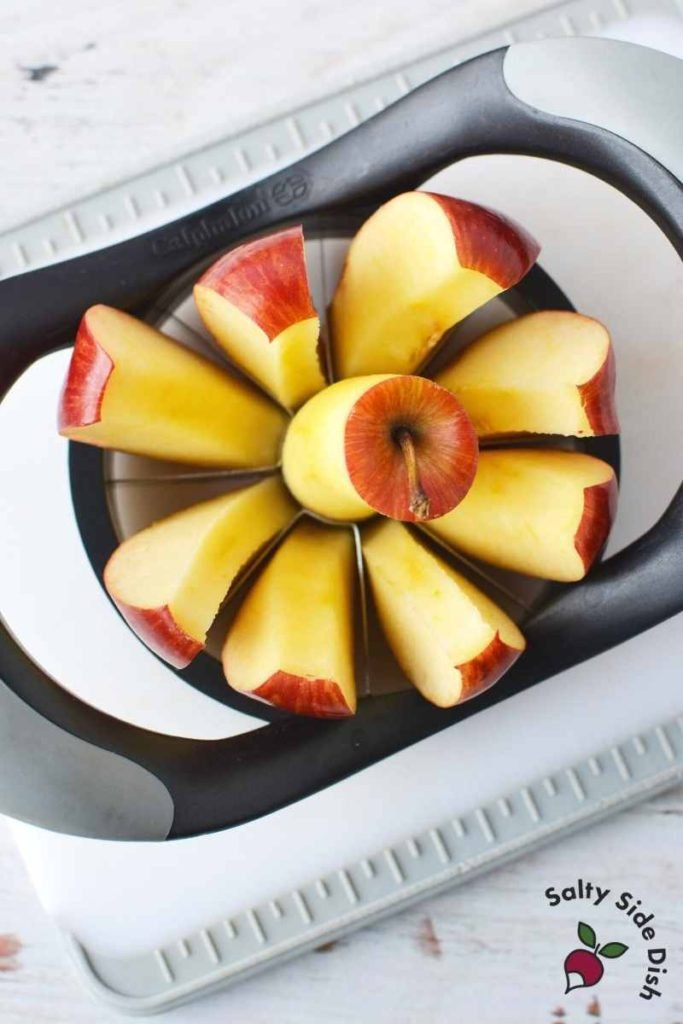 apple corer slicing apples into 8 slices