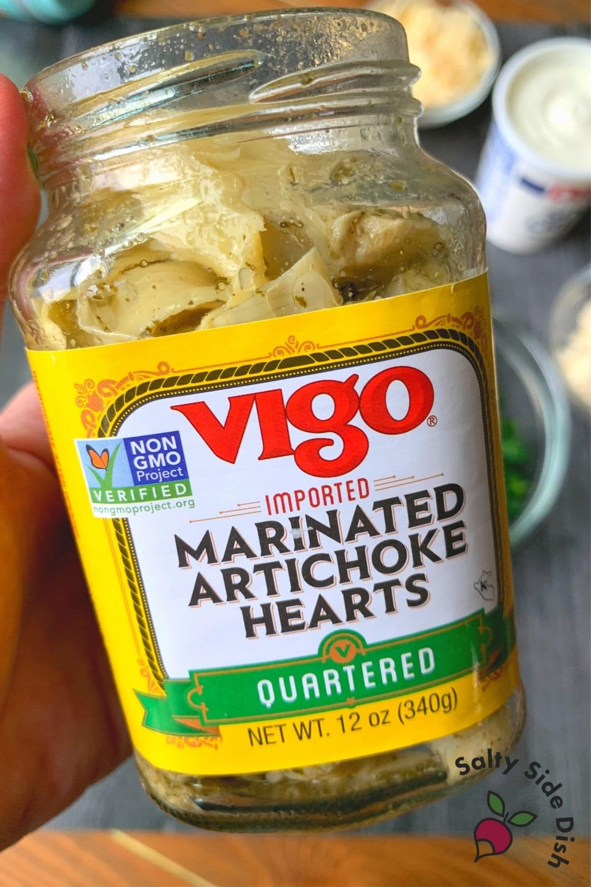 can of marinated artichoke hearts
