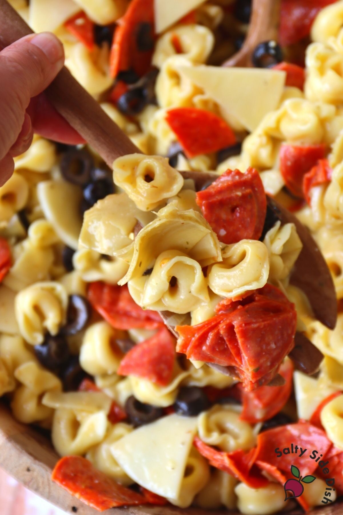 tortellini pasta salad with olives and pepperoni